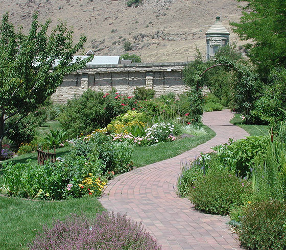 Idaho Botanical Garden natural landscape design